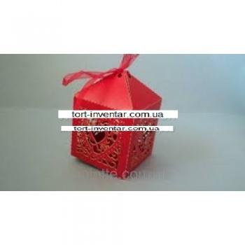 Бонбоньерки (коробки) сердечки
