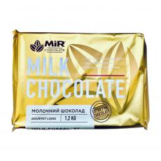 Молочный шоколад в плитке 28% 1.2 кг Украина