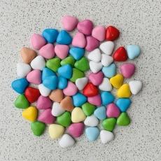 Шоколадные сердечки разноцветные 100 гр развес 2x3 см